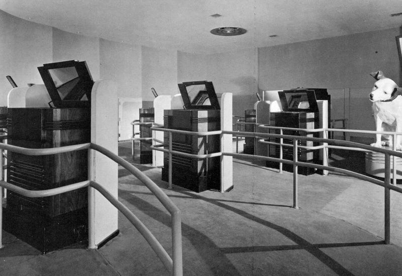 Before Online Education, These 15 TVs Were the Classroom of Tomorrow