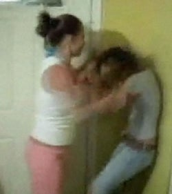 RE: Cheerleaders beating up Girl - YouTube