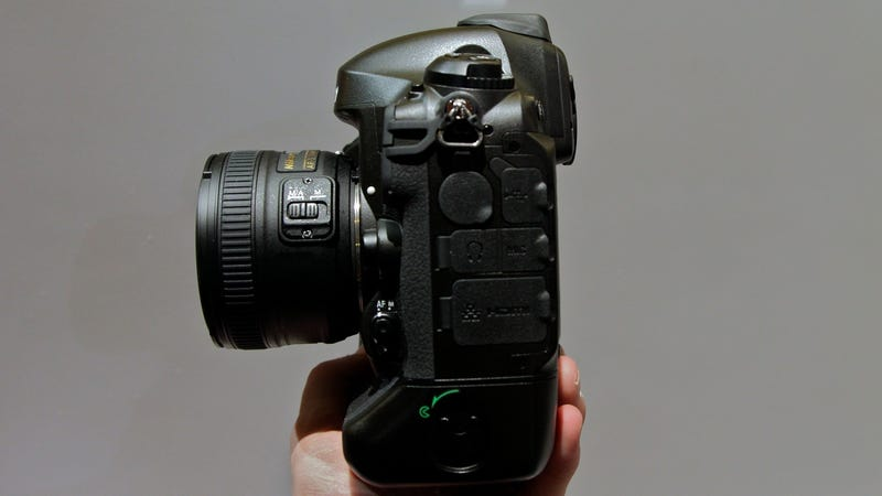 Nikon D4 Hands-On: The Photographer's Newest Deadly Weapon