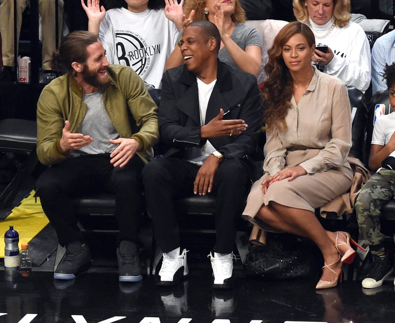 Jake Gyllenhaal Cannot Keep Both Jay Z and Beyoncé Entertained at Once