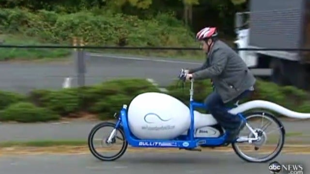 Seattle's 'Sperm Bike' Transports Male Reproductive Cells the Eco-Friendly Way