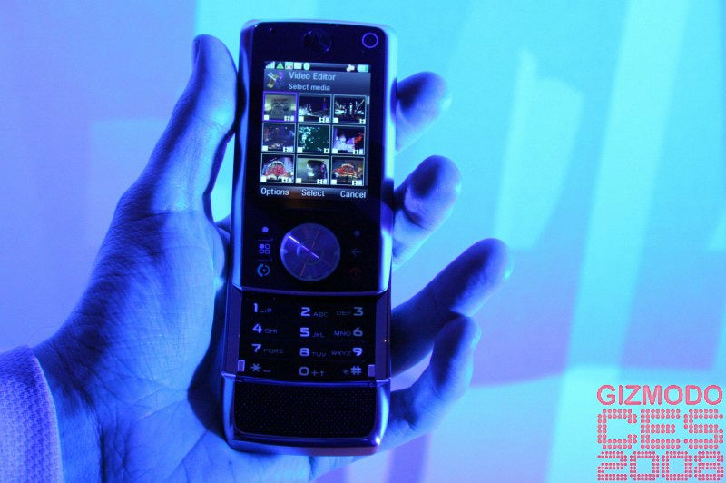 Motorola Z10 and ROKR E8 Hands On