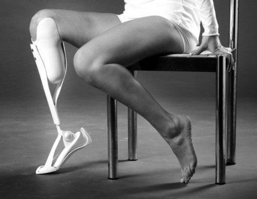 9 Aesthetic Prosthetics