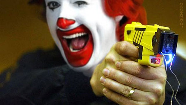 Woman Gets Tasered for Blocking McDonald's Drive-Through