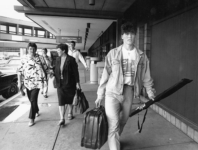 Check Out Jaromir Jagr At 18, When He First Got To Pittsburgh