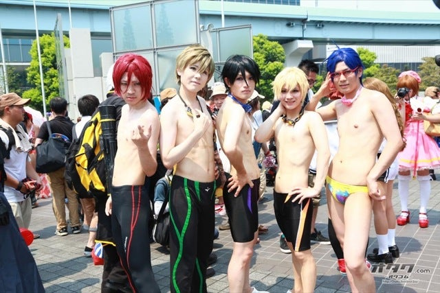 When Cosplay Is Too Damn Hot