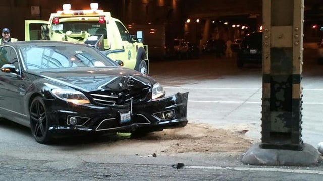 Blackhawks Captain Jonathan Toews Crashes His $120K Mercedes