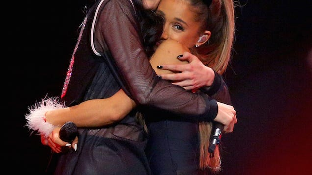Ariana Grande Denies That She Gets Carried Around Like a Little Baby