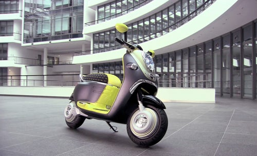 BMW Mini E Scooter Is an iPhone Dock On Two Wheels