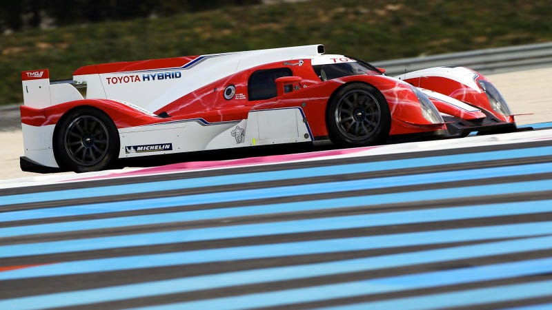 Your Ridiculously Cool Toyota TS030 LMP1 Wallpaper Is Here