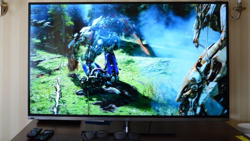 JVC BlackSapphire 4000 Ears-On: This 55-Inch 3DTV Wants to Kill Your Soundbar