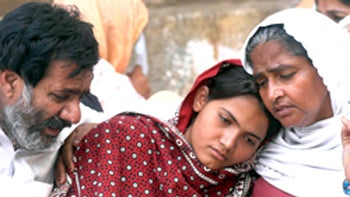 Pakistani Family Threatened For Refusing To Kill Daughter Who Was Raped