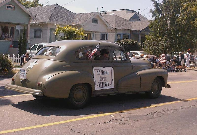 DOTS Pontiac Makes Parade Appearance