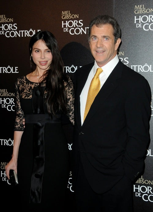 Mel Gibson Accused Of Domestic Violence; Fergie Wants To Quit Black Eyed Peas