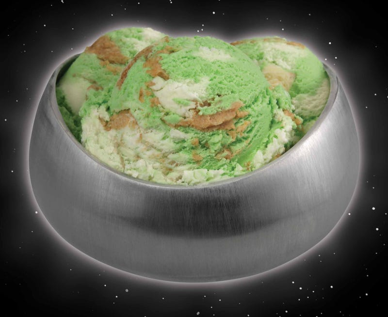 Would you eat a Men in Black-themed ice cream Lunar Cheesecake?