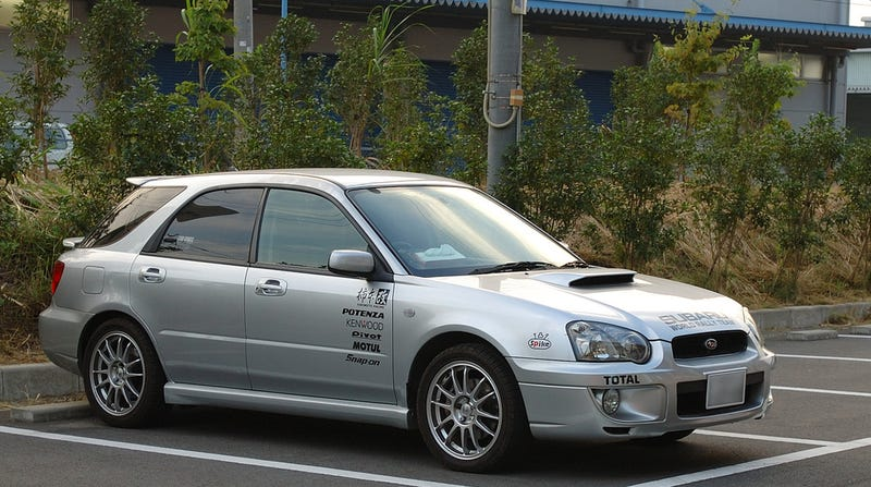 Ten Car Fads That Deserve To Die Forever