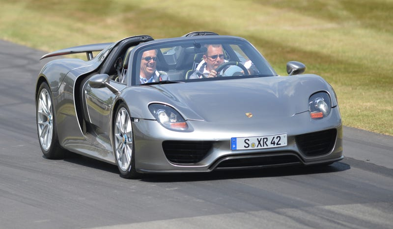 Watch The Porsche 918 Spyder Run Wild In Real-Life At Goodwood