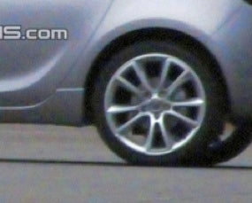 2010 Opel/Vauxhall Astra Spotted Sans Clothing