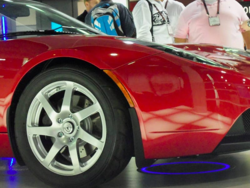 Watch a Tesla Roadster Get Charged Wirelessly