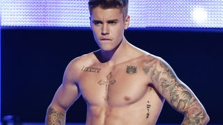 Justin Bieber Might Actually Have a Huge Dick?