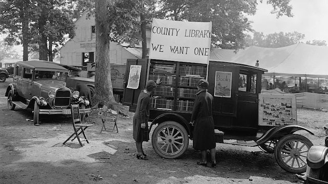 These Rolling Bookmobiles Are Cooler Than Your Local Libraries