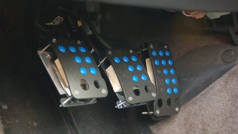 Husband 'Fixes' Pedals So His Short Wife Can Drive Stick