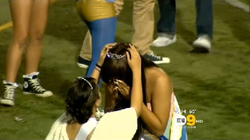 California High School Awesomely Crowns Trans Girl Homecoming Queen