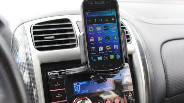 Five Best Car Smartphone Mounts