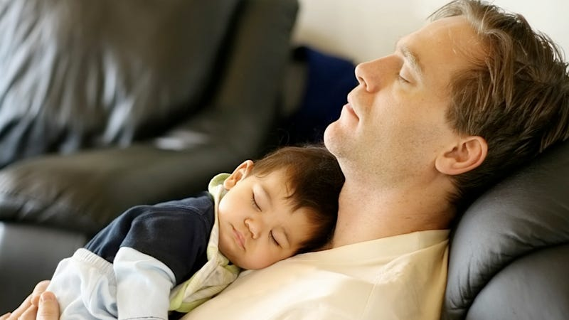 Sleeping Next to Newborns May Sap Men's Precious Stores of Man Aura