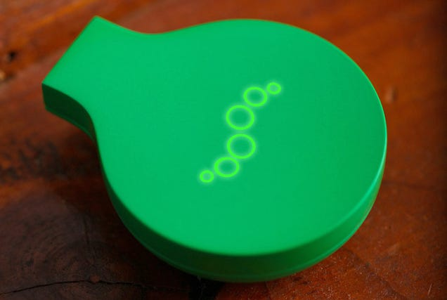 The Mint Breathalyzer Can Detect Both Dehydration and Bad Breath
