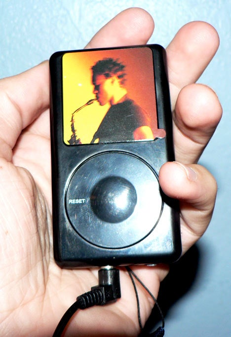 The 99-Cent iPod Radio Cheapo Knock-Off of the Year