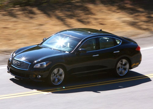 2011 Infiniti M Hits The Streets