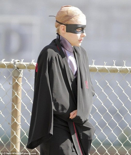 Hit Girl's growing up so fast in these new Kick-Ass 2 set pics