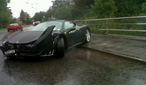 Driver Wrecks Rented Ferrari 458 Italia