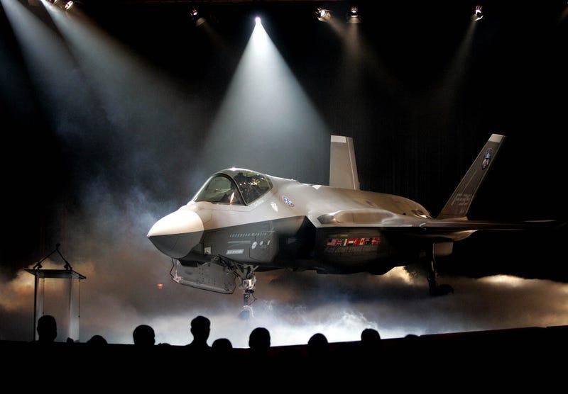 Inside the Pentagon's Trillion Dollar F-35 Embarrassment