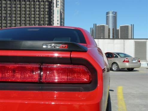 2009 Dodge Challenger SRT-8 Six Speed Caught On Cobo Roof