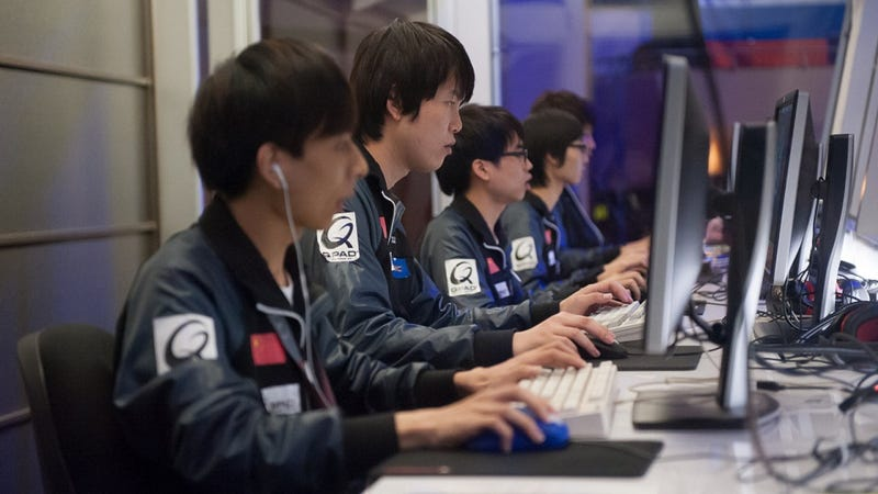 Dota Dispatch: Watching People Play Video Games For $1.6 Million
