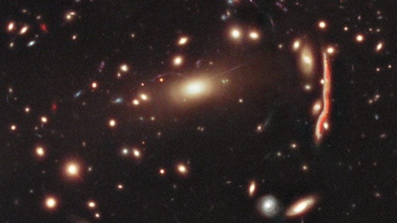 This is how gravitational lensing distorts galaxies