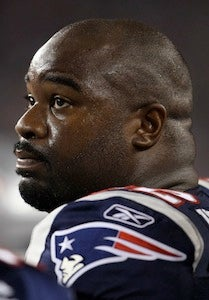 Tampa Bay Will Take In Albert Haynesworth