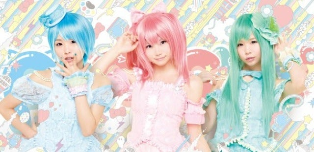 Schoolgirl Cosplayers Reborn as Pastel Haired Popstars!