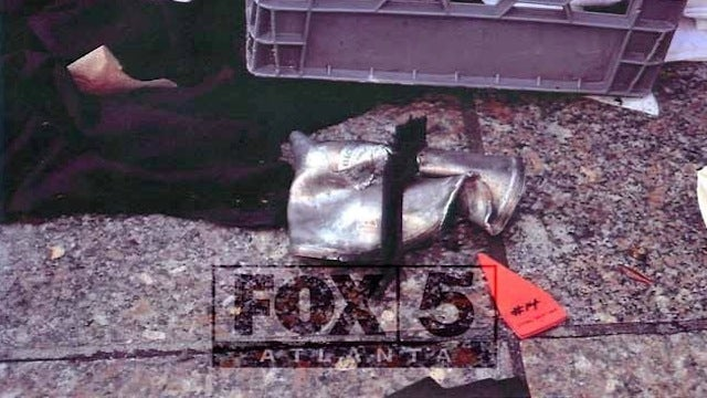 Here Are Photos of the Pressure-Cooker Bomb Used in Boston