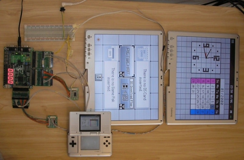 Tablet PC Screens Modded into a Giant DS