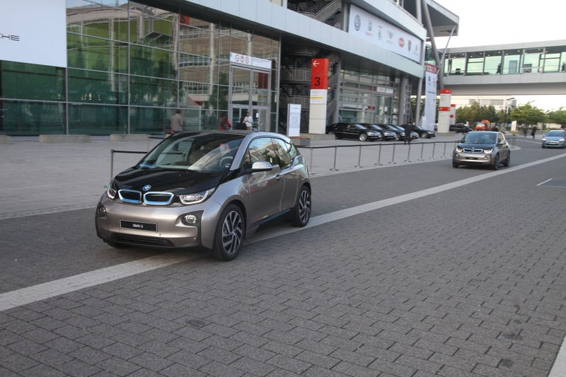 I Got A Ride In The 2014 BMW i3 And I Liked It