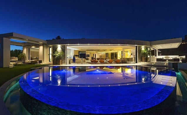 Minecraft S Creator Buys The Most Expensive House In