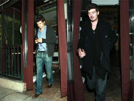 Orlando Bloom, Robin Thicke Hit Hollywood Hotspot, Confuse Cameras