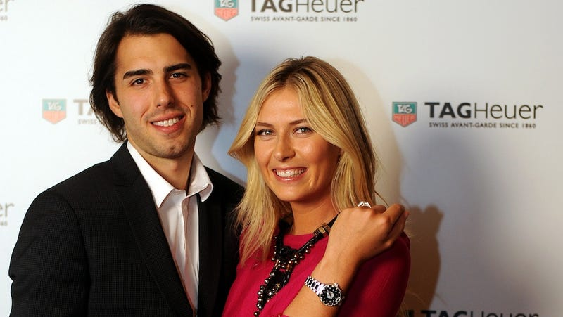 Maria Sharapova And Sasha Vujacic Are Through. Now's Your Chance, Slovenian Basketball Groupies.