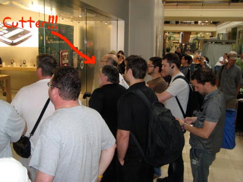 UPDATE: Steve Wozniak (With Posse) Has Space Saved In Line at San Jose iPhone 3G Launch