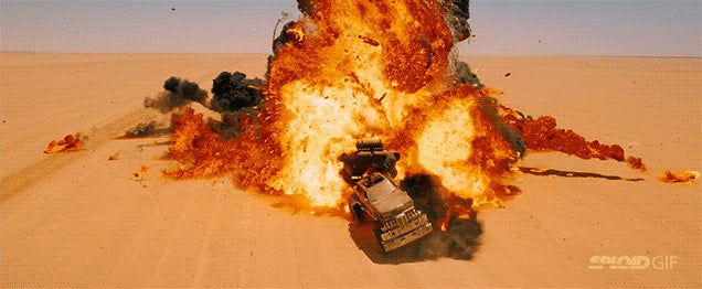 Holy crap, the new Mad Max looks absolutely amazing