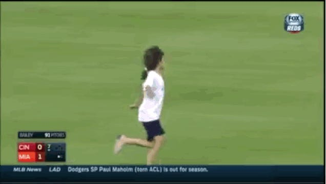 Little Girl Gives No Shits, Dances Around On Field During Reds-Marlins