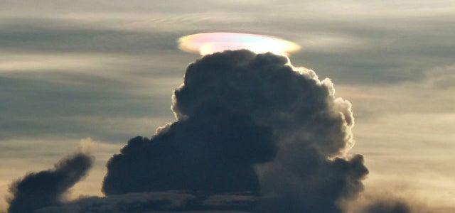 The weirdest rainbow I've ever seen looks like a nuclear bomb